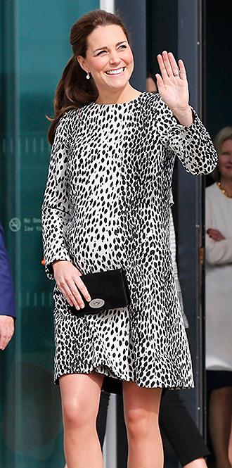Фото №27 - В модном положении: две беременности герцогини Кембриджской (сравним?)