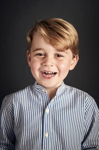 Фото №2 - Почему мы не дождались нового портрета принцессы Шарлотты к 3-летию