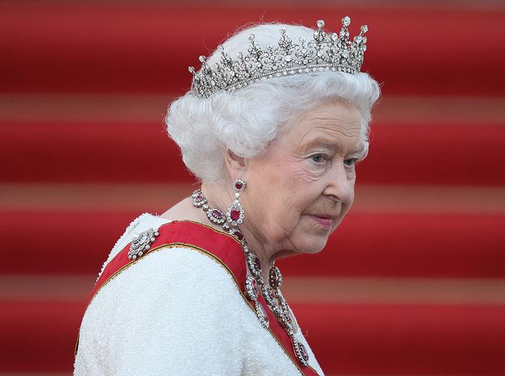 Фото №12 - Убить монарха: самые громкие покушения на британскую королевскую семью