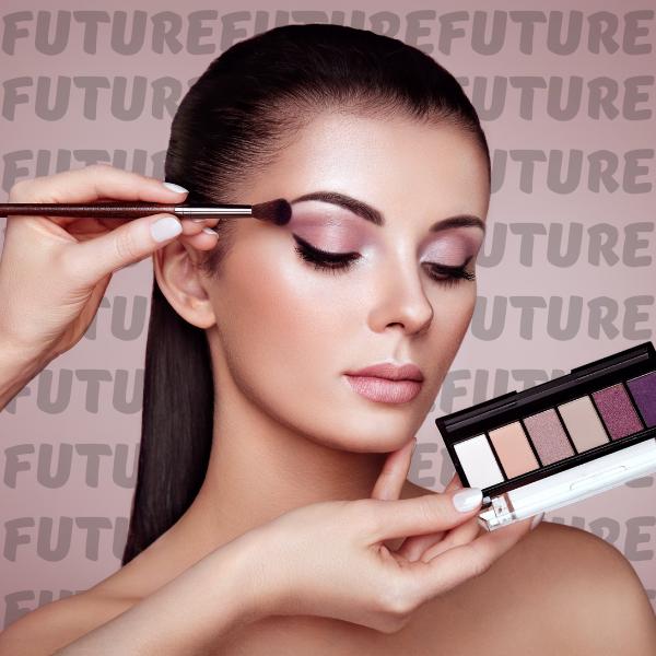 Фото №1 - Тест: Сделай макияж, а мы скажем, кем ты станешь в будущем 💋💄