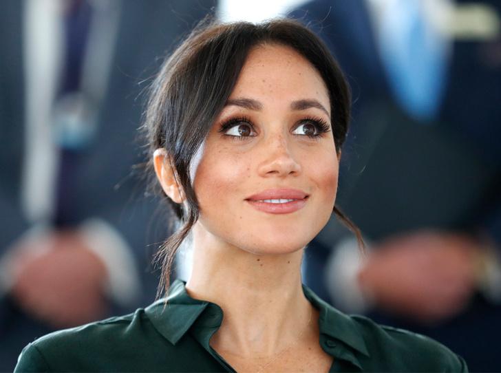 Фото №2 - Лучшие образы Меган Маркл за первый год в королевской семье