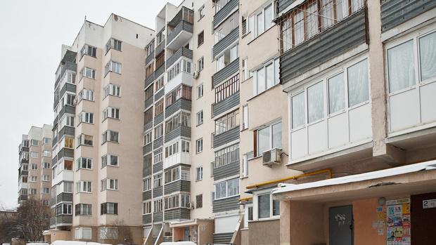 Фото №1 - Минстрой предложил лишить льготников жилищных сертификатов на «вторичку»