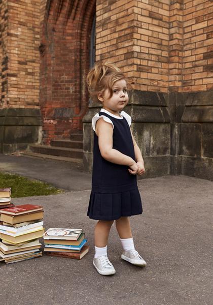 Фото №10 - Артём, Яна и Арсений Аршавины в рекламе школьной формы H&M
