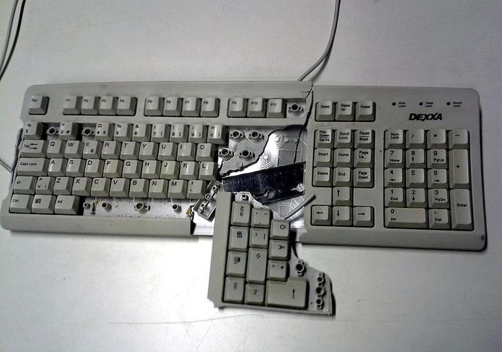 Фото №1 - 12 кнопок, которых нам очень не хватает на клавиатуре