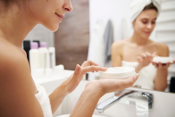 Фото №2 - Секрет японских красавиц: массажная техника нанесения крема