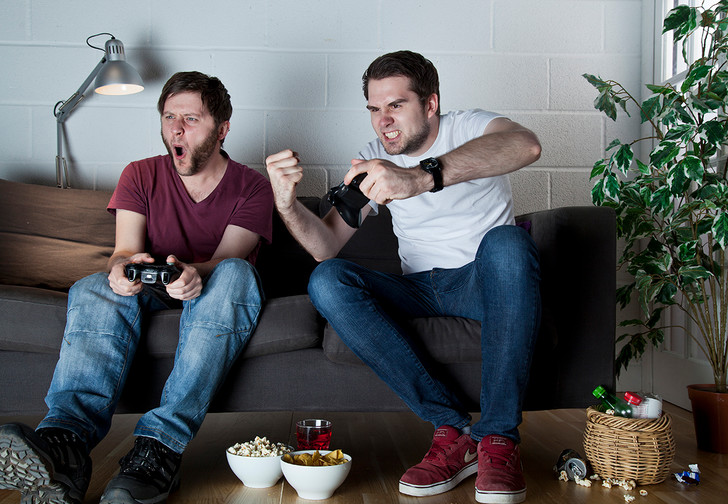 Фото №1 - Что такое облачный гейминг и как играть в современные игры без мощного ПК или консоли