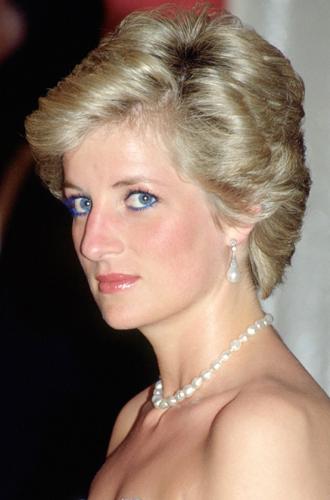 Фото №29 - Легендарная стрижка принцессы Дианы: история одного из самых модных феноменов века