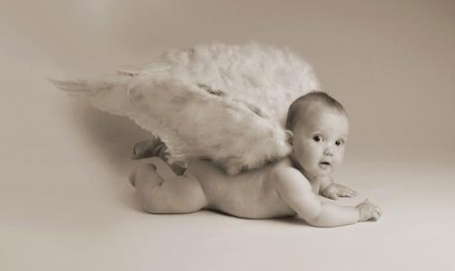 Фото №1 - Эксперты считают, что в России специально занижают показатели младенческой смертности