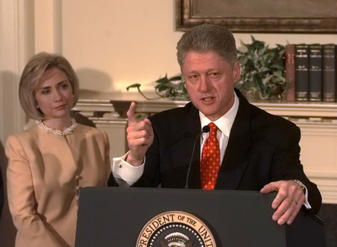 Фото №5 - Билл и Хиллари Клинтон: свободные отношения и слезы бывшей первой леди
