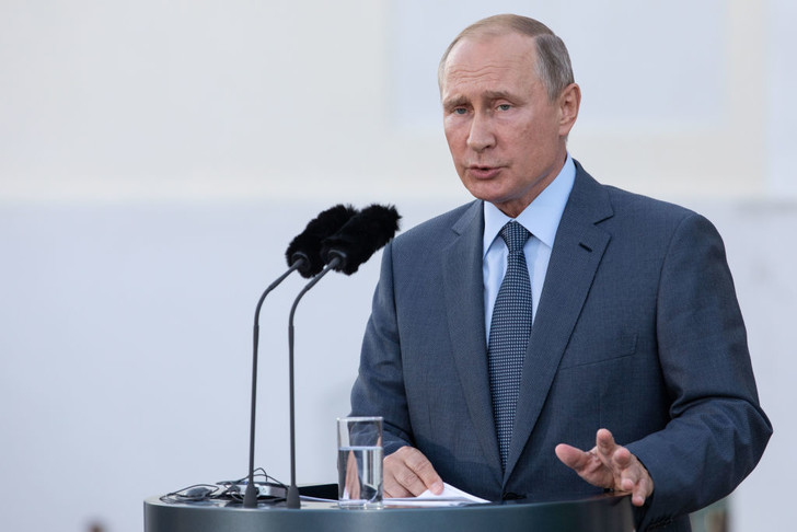 Фото №1 - Владимир Путин продлил карантин до 30 апреля 2020 года