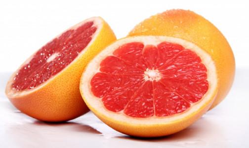 Фото №1 - Эндокринолог назвала фрукт, улучшающий работу сердца и кишечника и высказалась против апельсинового сока по утрам