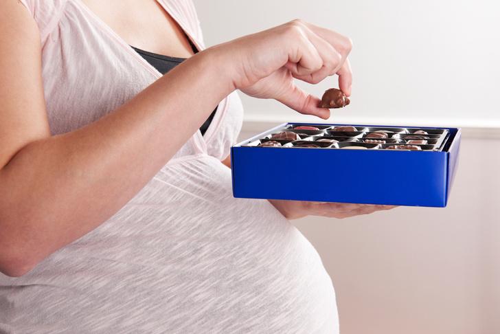 Фото №1 - Шоколад признали полезным для беременных