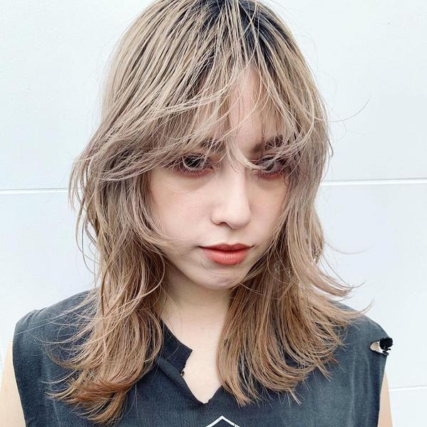 Фото №3 - Молочный цвет волос: самое модное окрашивание этого лета