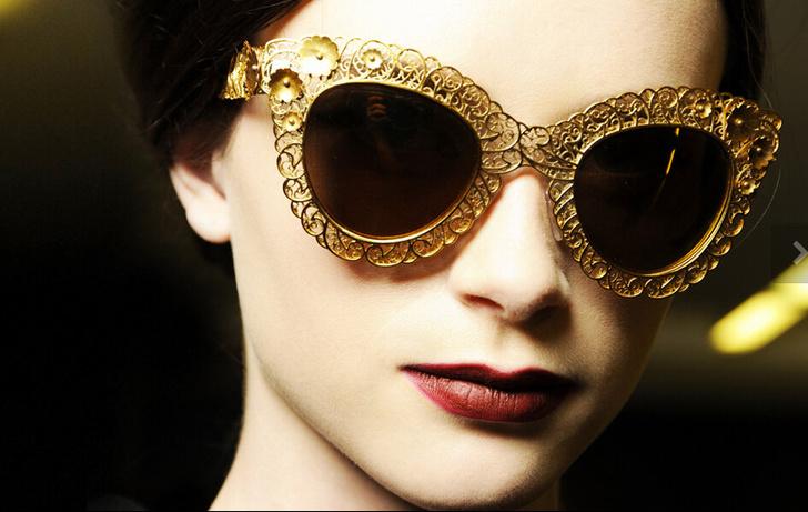 Фото №1 - Как создавались золотые мозаики Dolce & Gabbana?