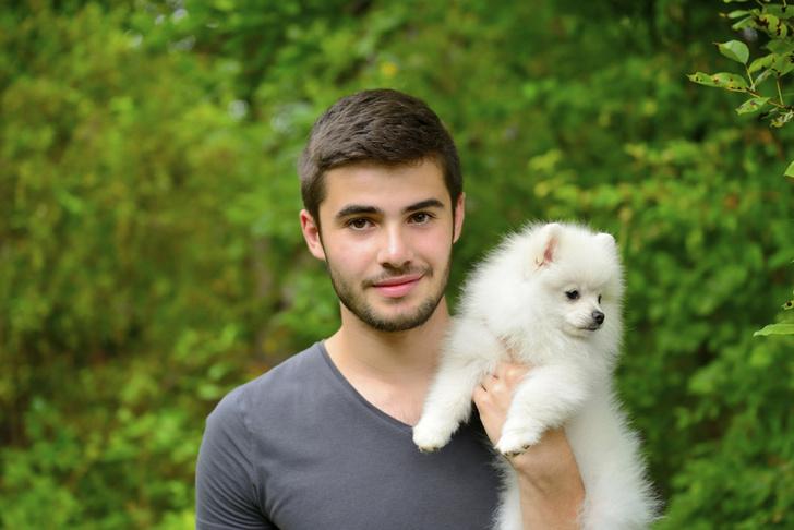 Фото №1 - Мужчины, у которых есть собаки, больше привлекают женщин