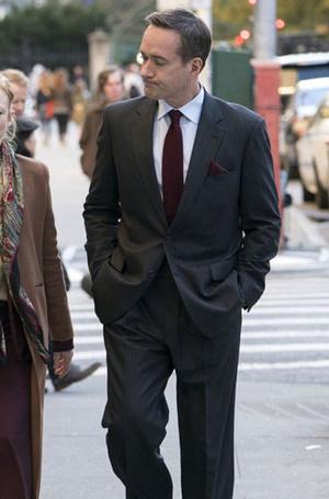 Фото №9 - Стиль в сериале «Наследники»: новые правила power-dressing