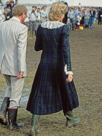 Фото №3 - Любимый бренд королевской семьи: как Виндзоры носят резиновые сапоги Hunter