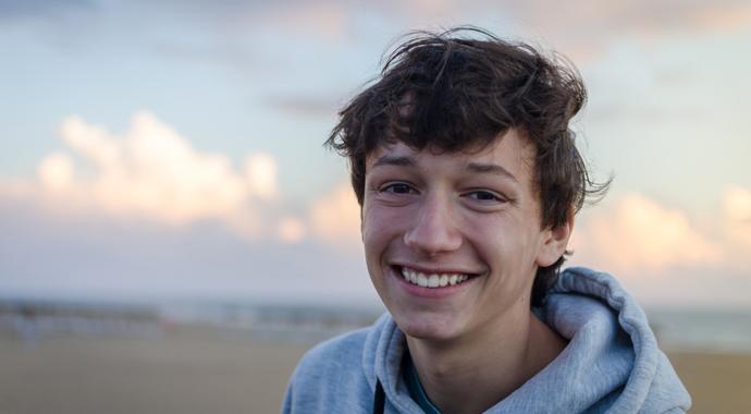 Сделай свою тревогу управляемой: 20 лайфхаков для подростков
