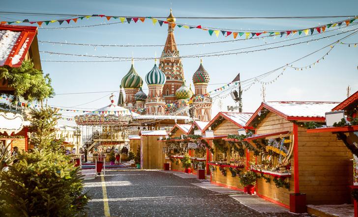 Фото №1 - Рейтинг самых популярных у туристов городов России возглавила Москва