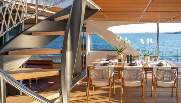 Фото №5 - Яхта с интерьерами студии Антонио Читтерио