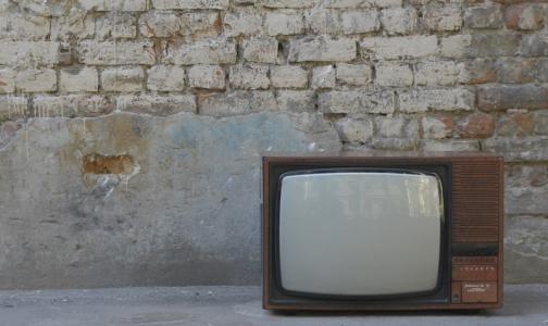 Фото №1 - Психиатры Петербурга: чтобы не страдала психика, выключите телевизор