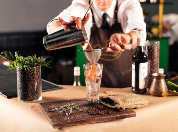 Фото №4 - 5 нескучных кофейных напитков для длинной рабочей недели