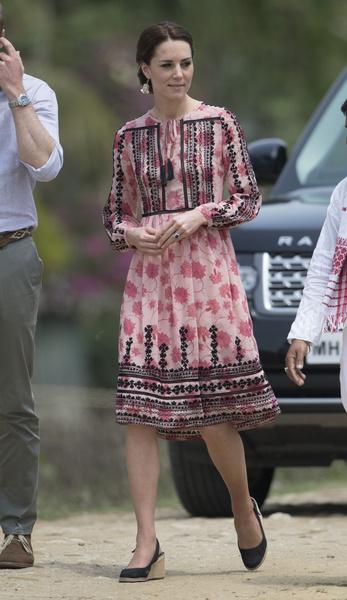 Фото №6 - Как одеться в стиле Кейт Миддлтон без вреда для кошелька