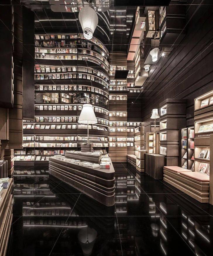 Фото №1 - Книжный магазин по проекту X+living в Нинбо