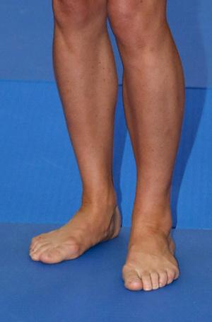 Фото №5 - Что говорят о характере Меган и Кейт их ноги