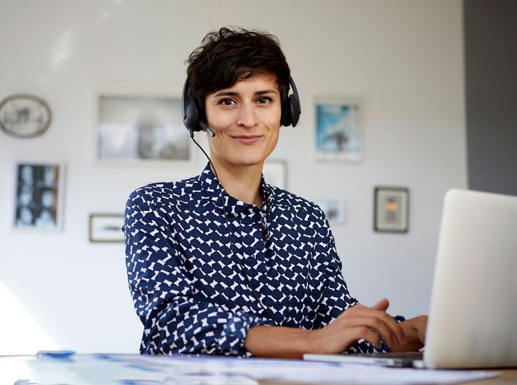 Фото №1 - Психотерапия по скайпу: как она работает, и что нужно знать перед сеансом