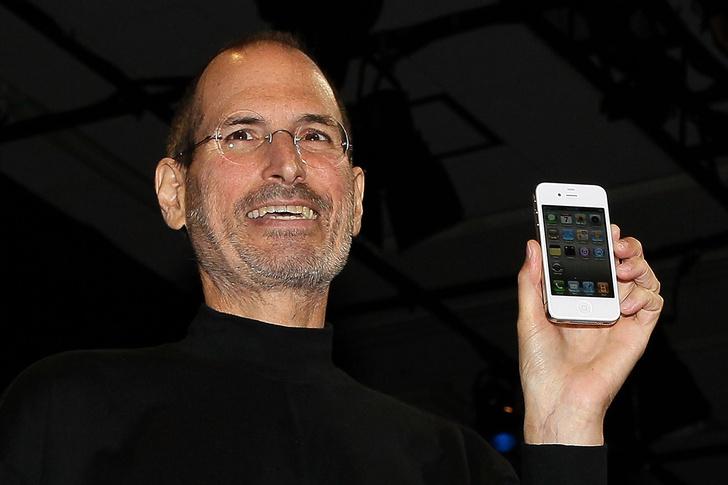 Фото №1 - Что означает буква i в названии iPhone?