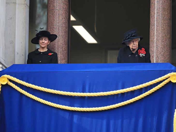 Фото №4 - Ближний круг Ее Величества: с кем дружит Королева (и дружит ли вообще)