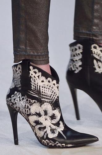 Фото №46 - Самая модная обувь сезона осень-зима 16/17, часть 2
