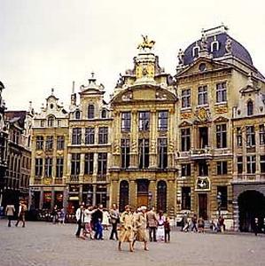Фото №1 - В Бельгии больше всего Петерсов