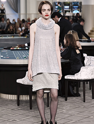 Фото №55 - Неделя Высокой моды в Париже: Chanel FW2015/16