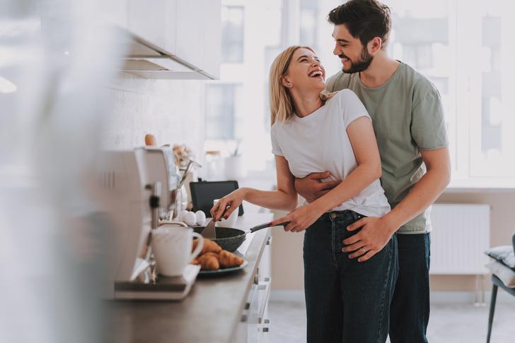 Фото №2 - Как мужчины проверяют женщин в начале отношений