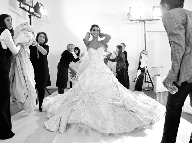 Фото №1 - Ralph & Russo: 10 фактов о создателях помолвочного платья Меган Маркл
