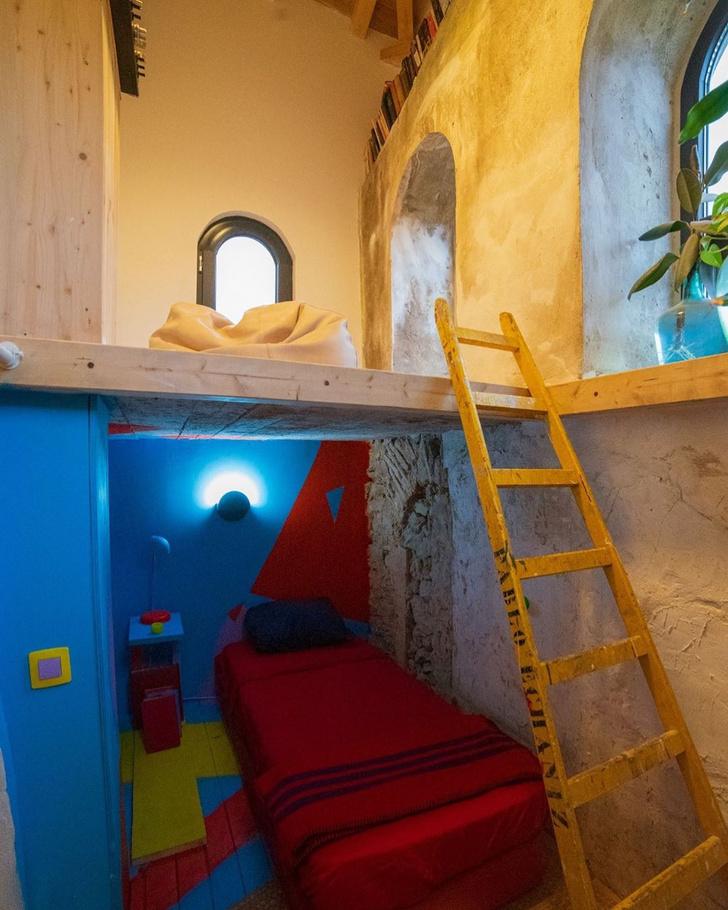 Фото №15 - Дом в старой церкви в Испании
