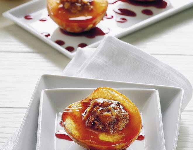 персики с медом на сковороде