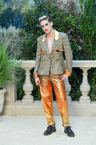 Фото №3 - 13 самых нелепых образов гостей Недели высокой моды в Париже