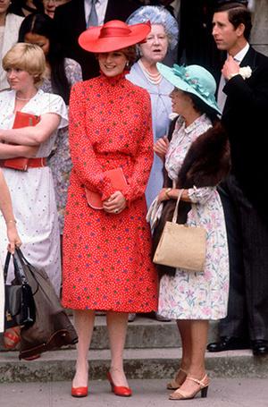 Фото №52 - 70 красных нарядов: как принцесса Диана носила любимый цвет