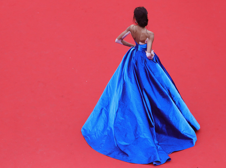 Фото №1 - Модные Канны-2017: Винни Харлоу, Адриана Лима и другие красавицы вечера премьер 18 мая