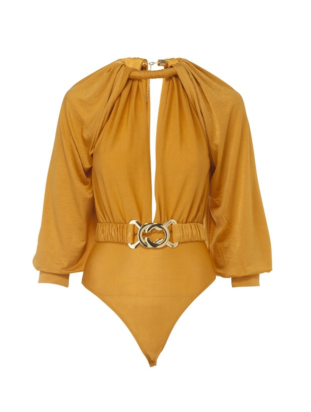 Фото №2 - Королева пляжа: Тиффани Хсу в невероятном желтом боди с драпировками
