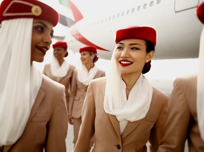 Фото №18 - Мода высокого полета: дизайнеры в поисках идеальной стюардессы