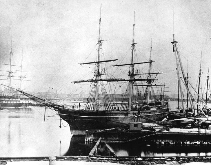 Фото №6 - Самые странные корабли, когда-либо выходившие в море
