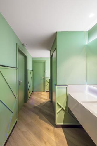 Фото №9 - Яркий офис в Барселоне по проекту El Equipo Creativo