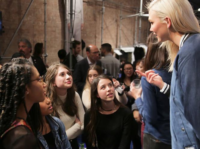 Фото №15 - Из модели — в программистки: вдохновляющая история успеха Карли Клосс