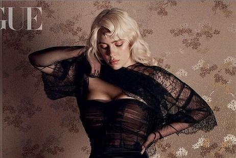 Фото №1 - Новые, еще более откровенные фото Билли Айлиш для британского Vogue