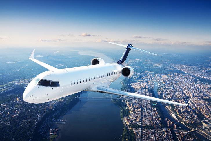 Фото №1 - Почему в самолетах гражданской авиации нет парашютов?