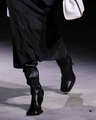 Фото №4 - Какие сапоги будем носить осенью 2021: 5 самых трендовых моделей